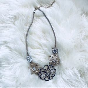 *5 FOR $25* Floral Statement Necklace